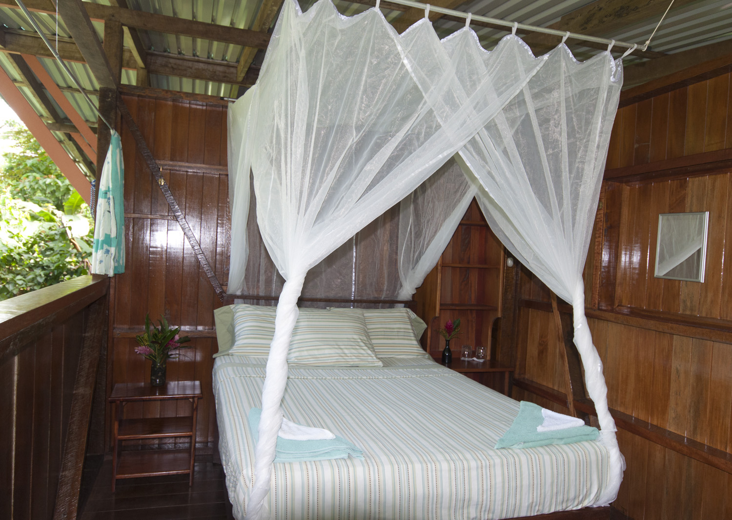 treehouse accommodations and lodge rooms, Puerto Jimenez, Osa Peninsula, Corcovado